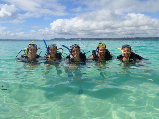 crew-diving-550x413