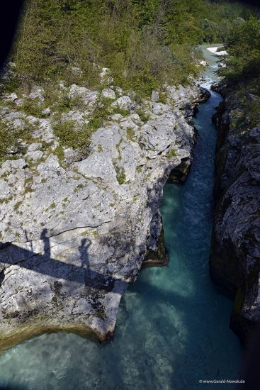Taucher im 3ten Canyon der Soca