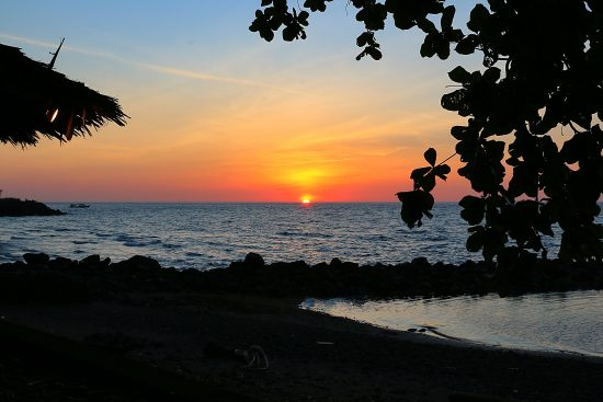 CelebesDivers - Mapia resort sunset 1