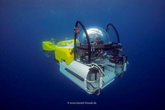 Deep Sea Submarine, Sea Hunter