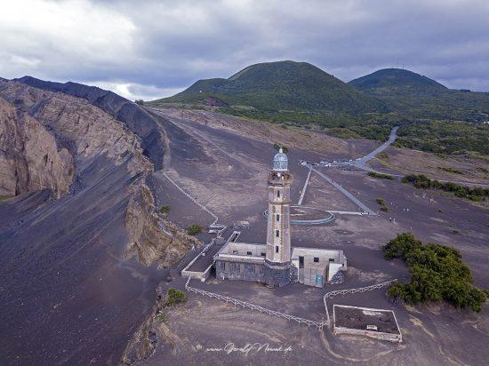 Leuchtturm am Vulkan am Westkap von Faial, Azoren
